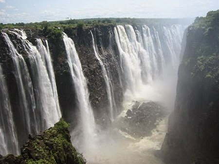 Victoria Falls Zimbabwe and Zambia - All of  the most beautiful pictures