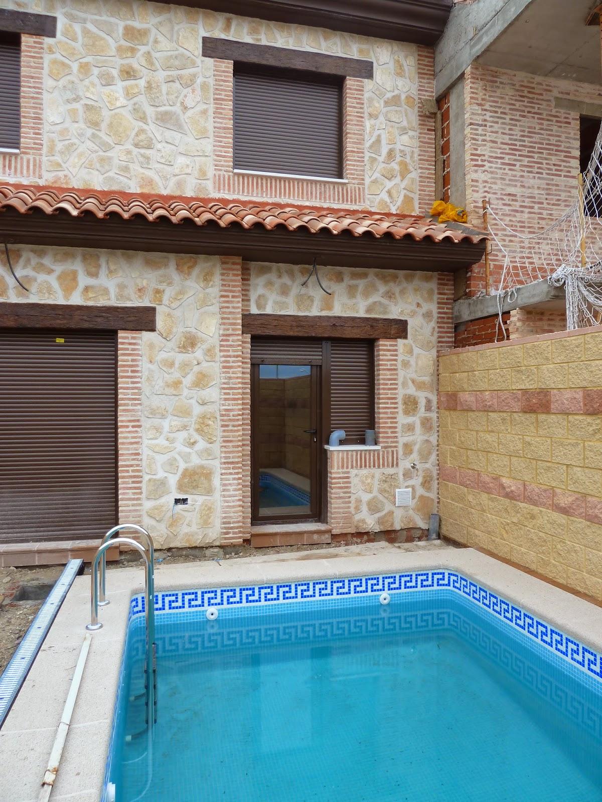 Construcci n de piscina en comunidad de madrid for Restaurantes con piscina en comunidad de madrid