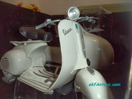 ... VESPA / SCOOTER WITH SESPAN 150 VL 1T MAINAN REPLIKA PAJANGAN VESPA