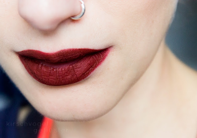 jeffree star liquid lipstick unicorn blood red matte makeup