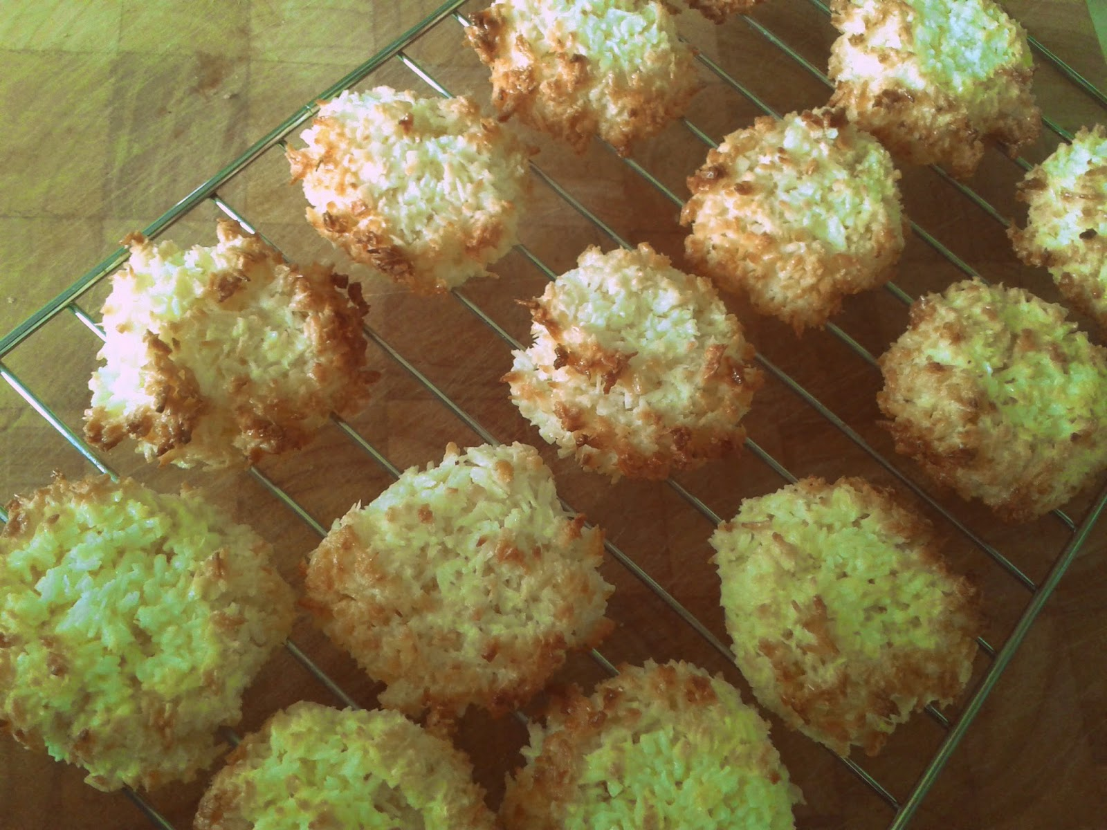Project 365 day 349 - Coconut macaroons // 76sunflowers