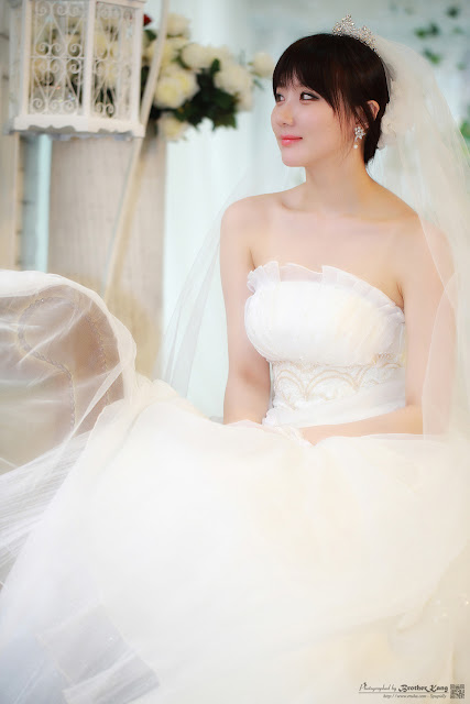 3 Yeon Da Bin in Wedding Gowns-Very cute asian girl - girlcute4u.blogspot.com