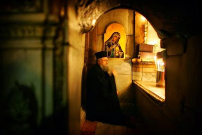 http://2.bp.blogspot.com/-TEWfyh2NpfM/UyklDFp90LI/AAAAAAAALk8/JHyeE8hNUvw/s1600/monk+pray+10.jpg