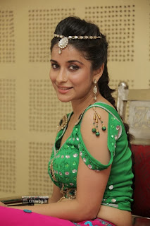 Actress-Madhurima-Latest-Photos