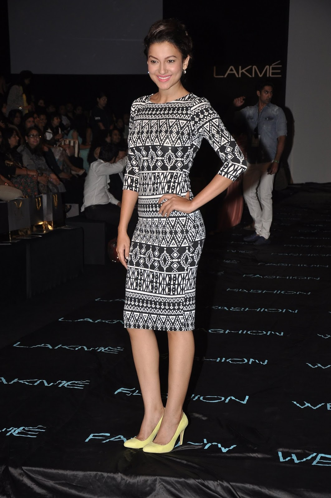 Gauhar khan lakme fashion week 4
