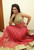 Revathi Chowdary sizzling Photos-thumbnail-12