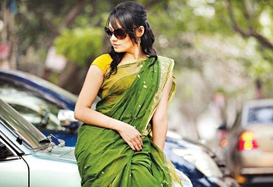 actress ishana