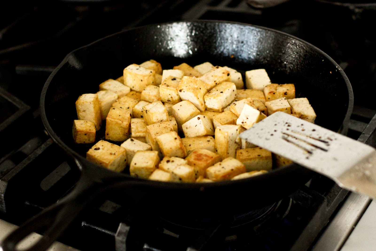 Indian Cauliflower with Chickpeas and Caramelized Tofu