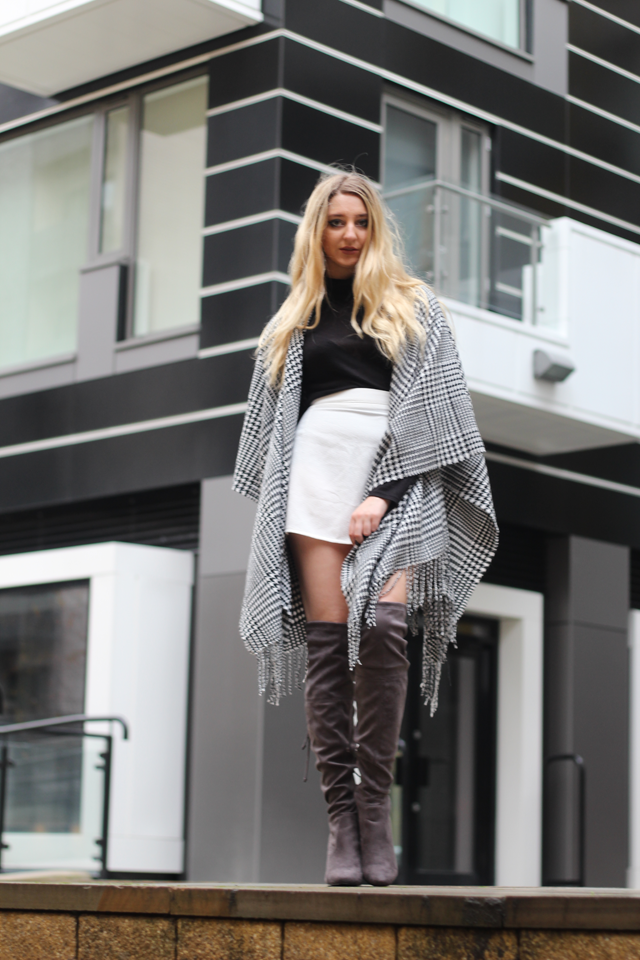How to style a blanket cape