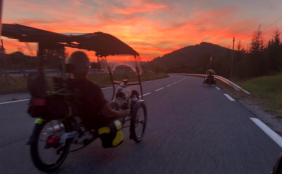 voyager en vélo métabolique et trike solaire a la vitesse de l'homme