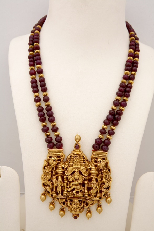 Gold necklace blog antique temple jewellery with ganesh and lord antique temple jewellery with ganesh and lord krishna pendants aloadofball Choice Image