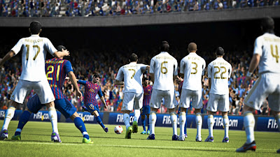 fifa 13 screenshot punizione barcelona real madrid