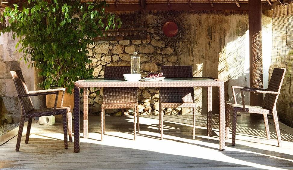 http://www.portobellostreet.es/mueble/12135/Conjunto-Comedor-Nogal