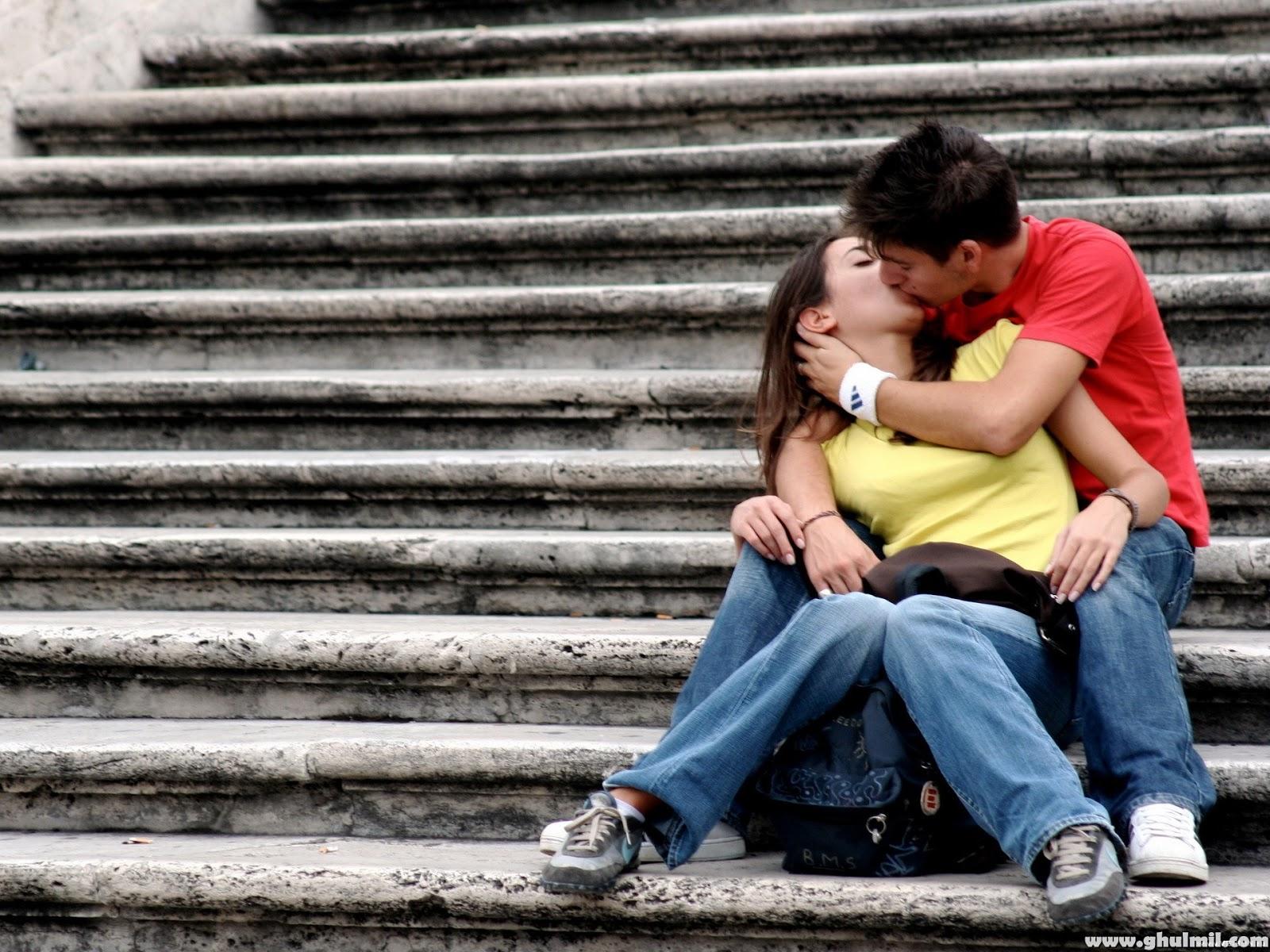 http://2.bp.blogspot.com/-TFPkuQrUYvc/UO14FzszqxI/AAAAAAAACK8/pmtW_I4qpyw/s1600/Kiss%2BHD%2Bwallpaper%2B2013%2B(4).jpg