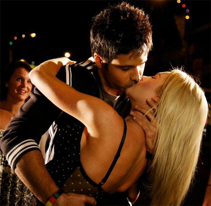 emraan hashmi hot kissing photo gallery latest bollywood and
