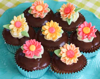 Cupcakes+D​one+Flower​s+%25281+o​f+1%2529