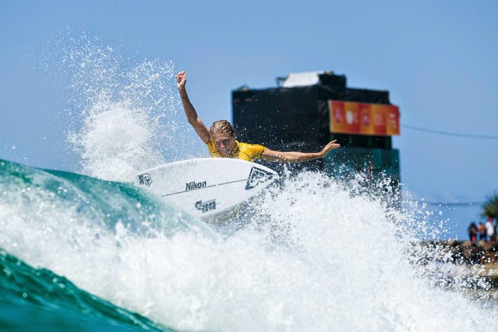14 Roxy Pro Gold Coast 2015 Stephanie Gilmore Foto WSL Kelly Cestari
