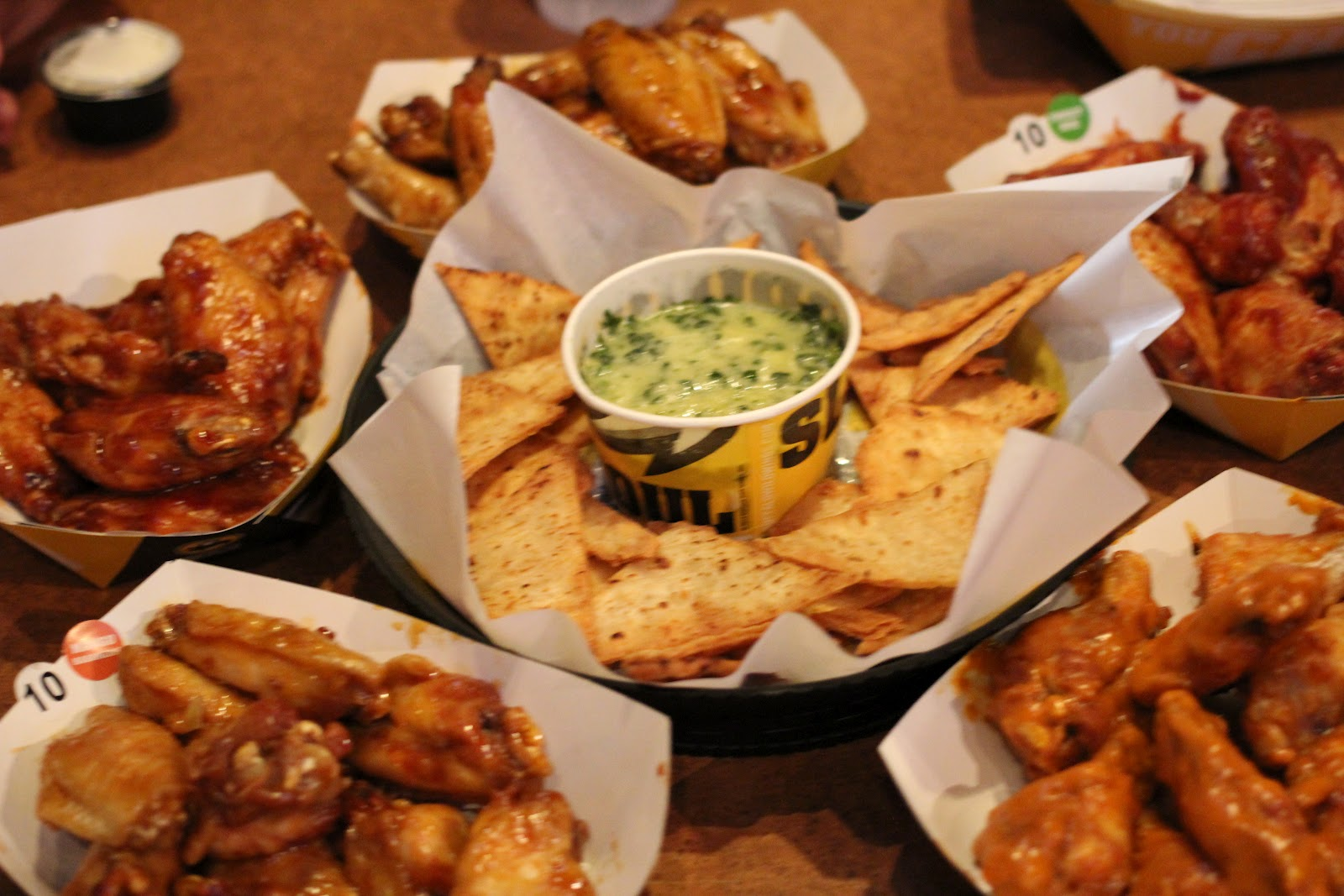 buffalo wild wings food review Food is served at a sonic restaurant on tuesday in cicero inspire brands, the parent company of arby's and buffalo wild wings, announced today that it was buying sonic for $23 billion.