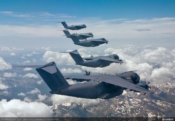formasi lima Airbus Militer A400M