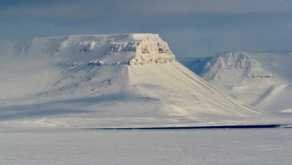 Pod lodami Arktyki lezy ocen ropy