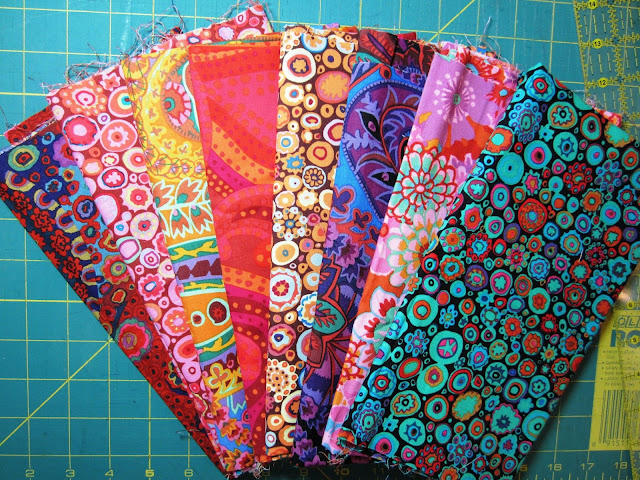 Retro Rubies Quilt Along Fabric Selection