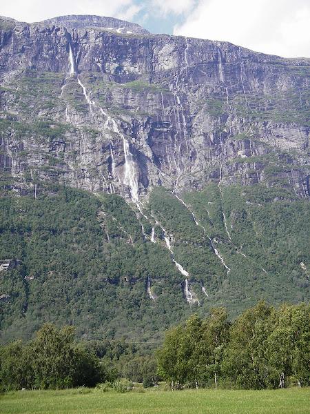 Vinnufossen falls – Noruega