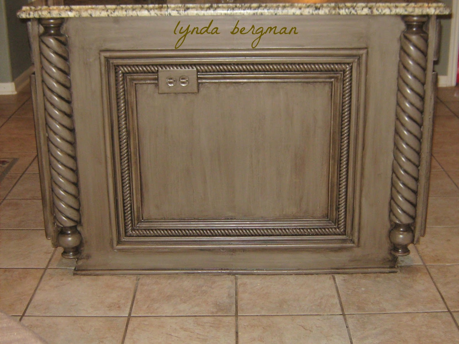 LYNDA BERGMAN DECORATIVE ARTISAN A MAKEOVER FOR ELSA S KITCHEN