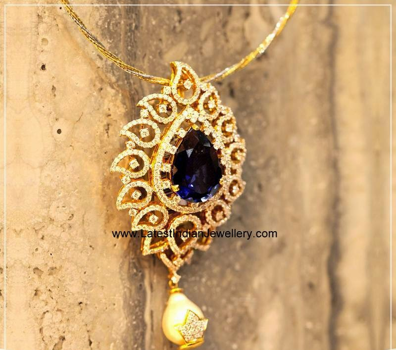 Indian Diamond Pendant with Sapphire
