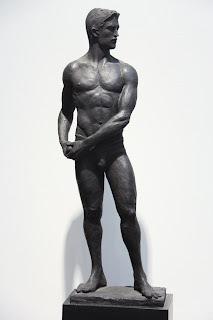Statue-of-Man-Bronze-9.5w+x+5.5d+x+29h+i
