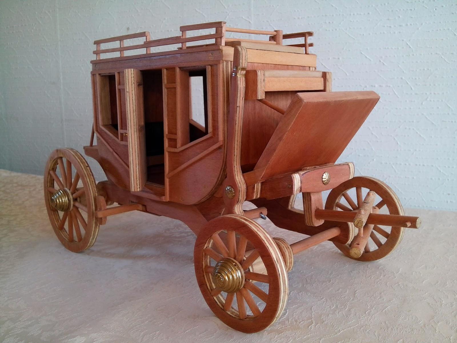 artesanias carretas de madera hechas a mano