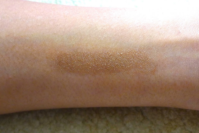 Beautiful Bronze Perfect Primer and Highlighter Glow Stick by Sunkissed | Review