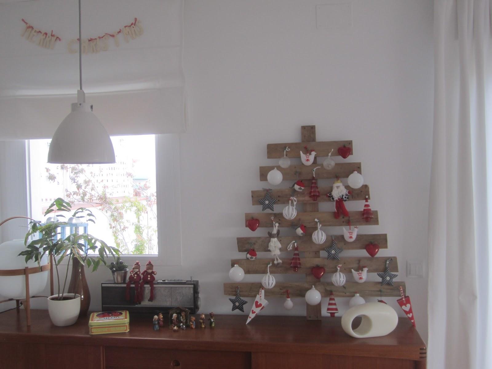 La deco de navidad de mi casa con palets deco living - Arbol de navidad hecho en casa ...