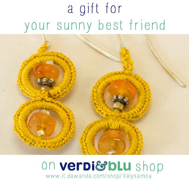 orecchini crochet gialli corniola