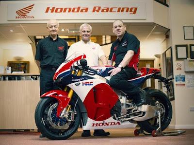 Mau Tahu Siapa Pembeli Pertama Motor Marc Marquez?