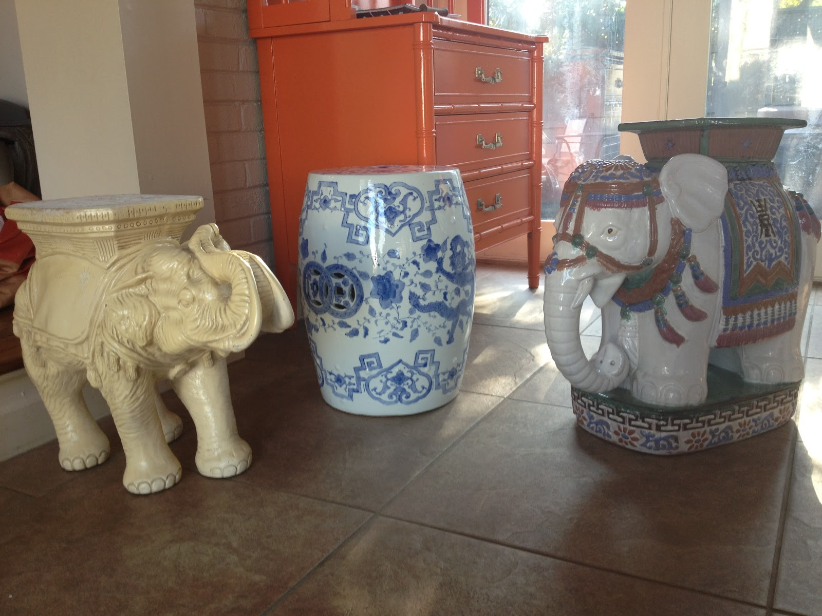 Chateau À Gogo: SPEAKING OF ELEPHANT GARDEN STOOLS....