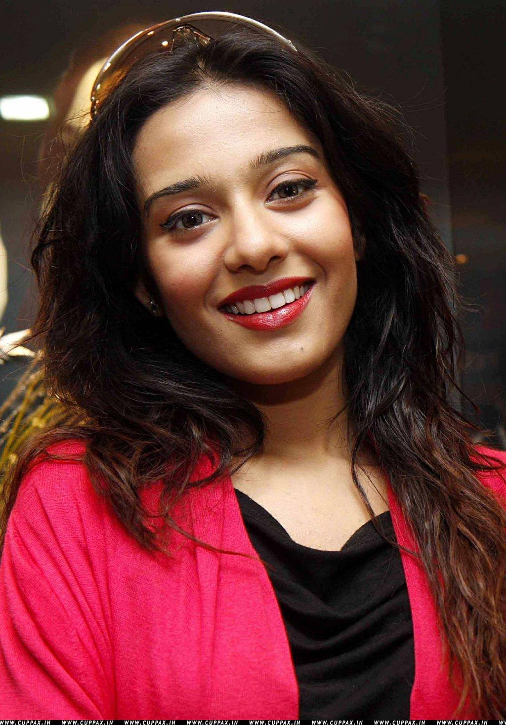 actress amrita rao Indian