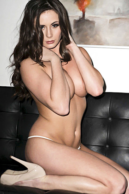 Laura Hollyman Topless 32E Boobs And Wearing Sexy Lingerie For Nuts indianudesi.com