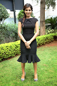 Samantha latest photos in black-thumbnail-12