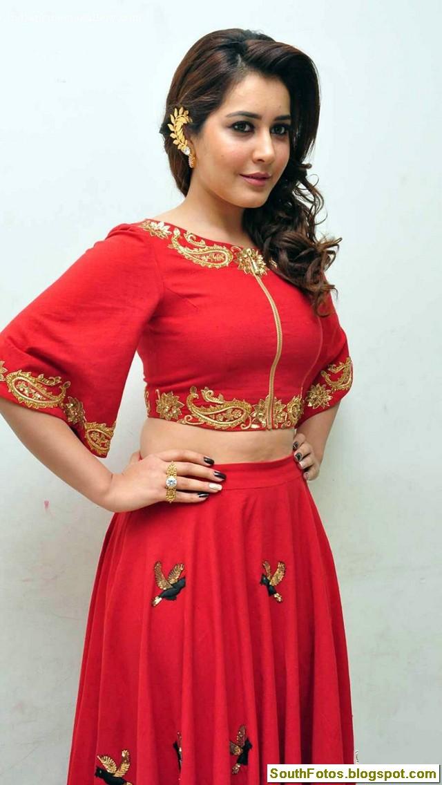 Rashi Khanna Hot Pics