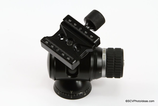 Hejnar Photo F62Ab mounted on Desmond DBH ball head