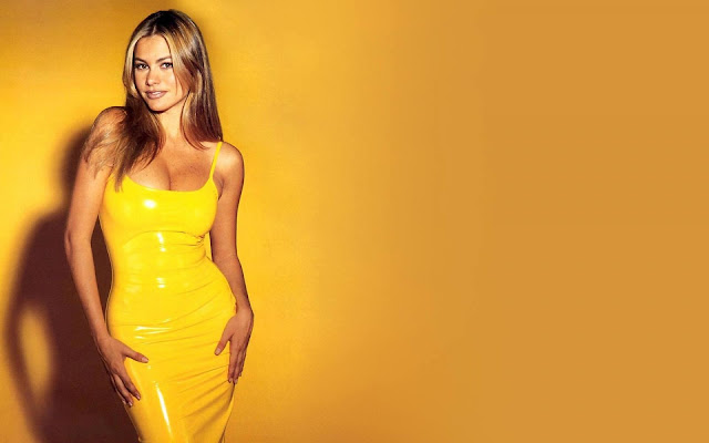 Sofia Vergara Yellow Dress