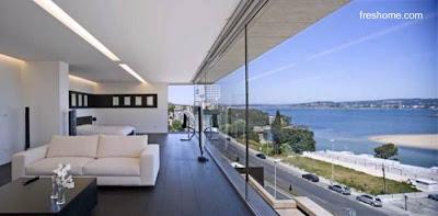 Amplio espacio interior abierto de una vivienda contemporánea