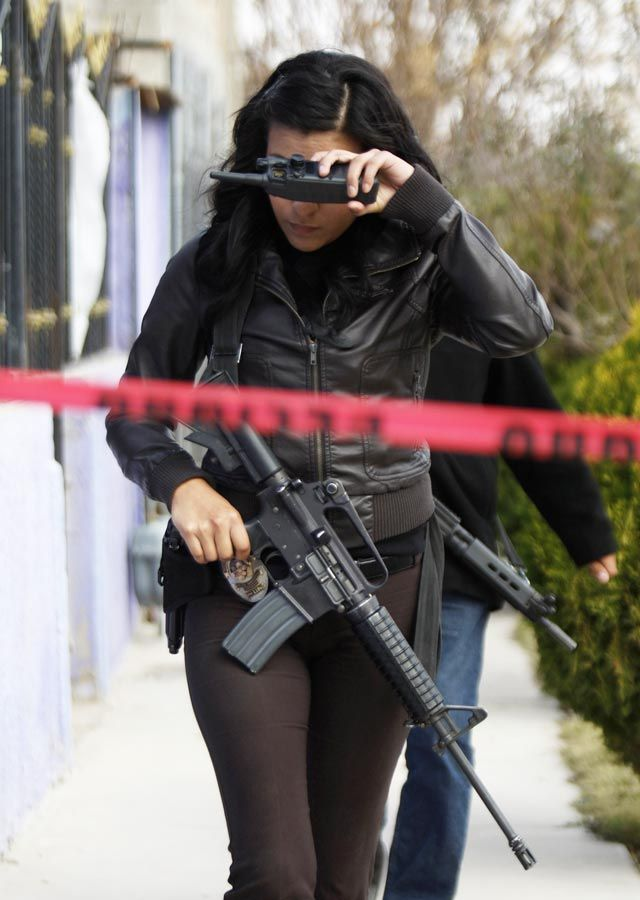 ciudad juarez single jewish girls Mexican prosecutors have arrested 12 people in connection with the slayings of 11 young women whose skeletal remains were found near ciudad juarez, the violence-plagued border city which has drawn international attention for female murders.