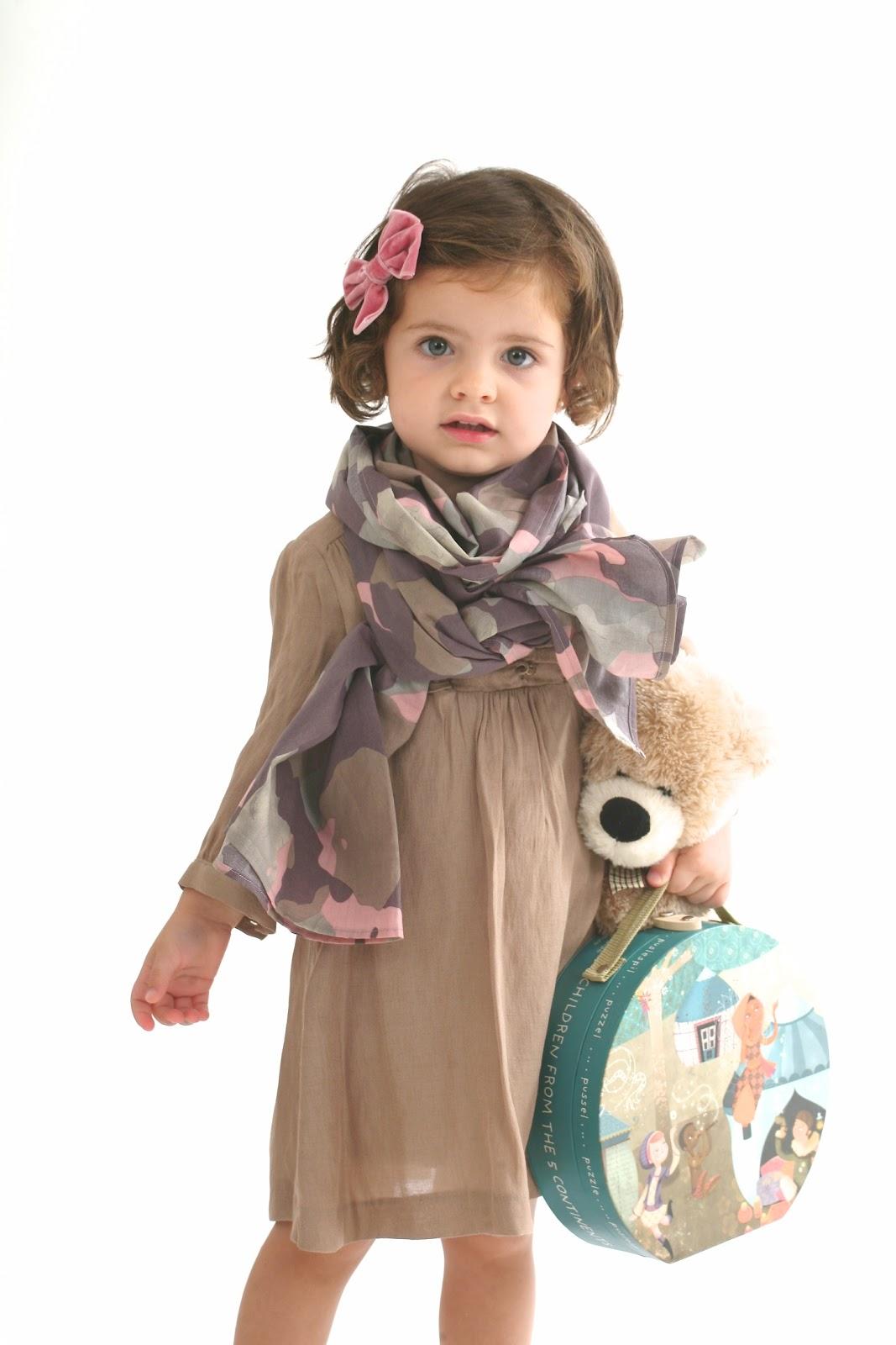 Fulares, pulseras, bolsos, cinturonesComplementos Made in Spain para niñas y niños