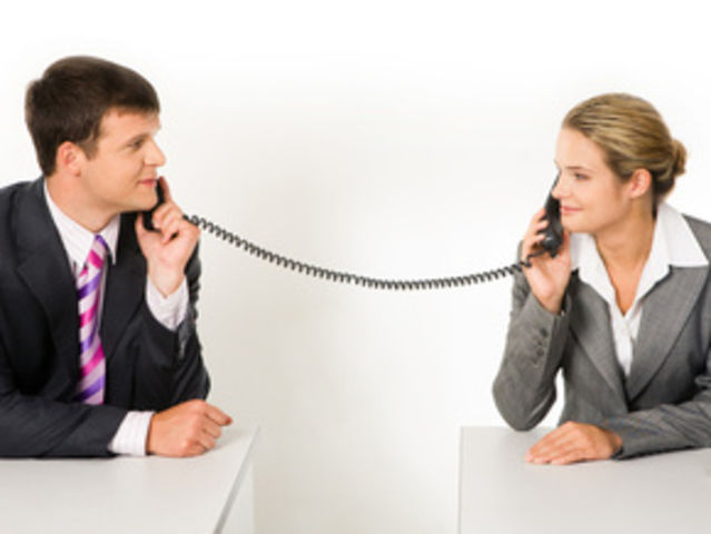 как познакомиться с девушкой по телефонному звонку