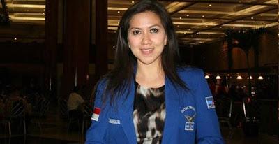 Venna Melinda Anggota DPR RI Yang Kelihatan Anunya