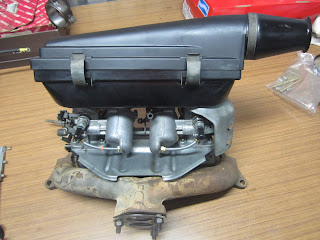 SU HS6 carburetters mounted on manifold Volvo 122s B20B