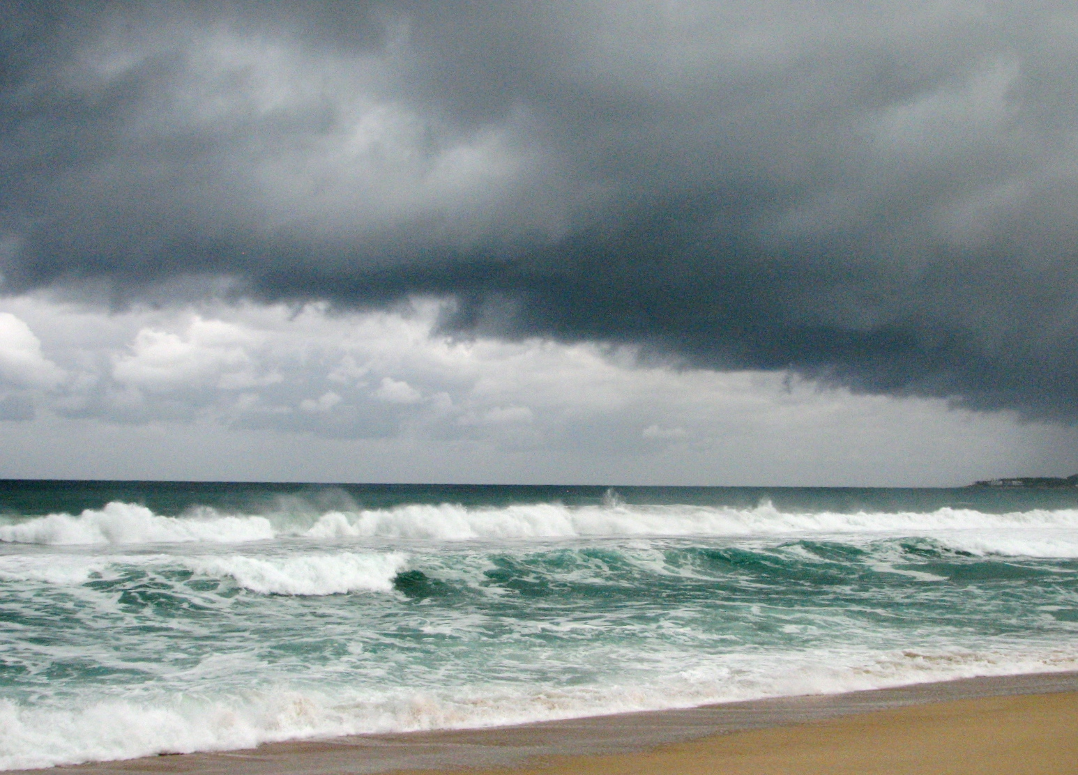 http://2.bp.blogspot.com/-TJsMbxXQEww/TralsHo4GGI/AAAAAAAAB7c/ro5tWSPyAGM/s1600/Baja_California_Hurricane_Rick.jpg