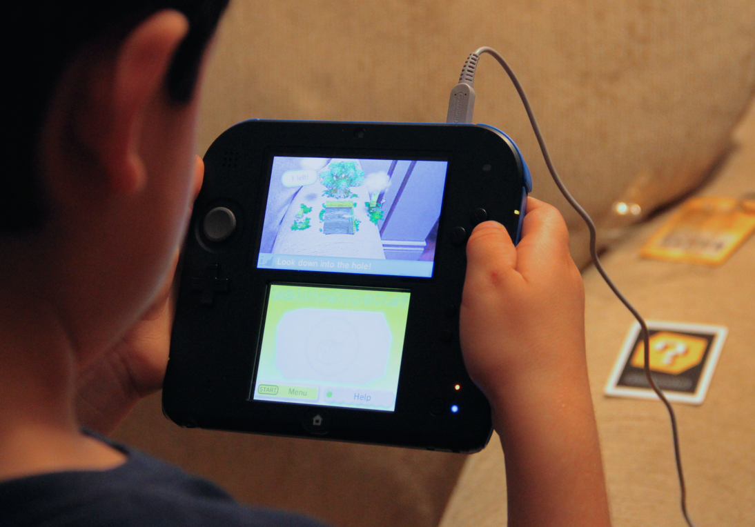 Nintendo 2DS - Augmented Reality Games
