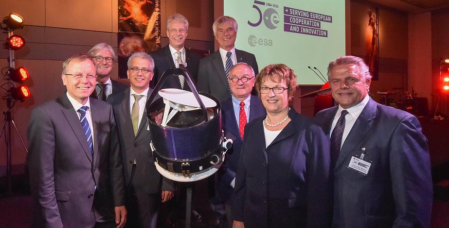 VIPs celebrate 50 years of European space cooperation at ESOC. Credit: ESA/J. Mai